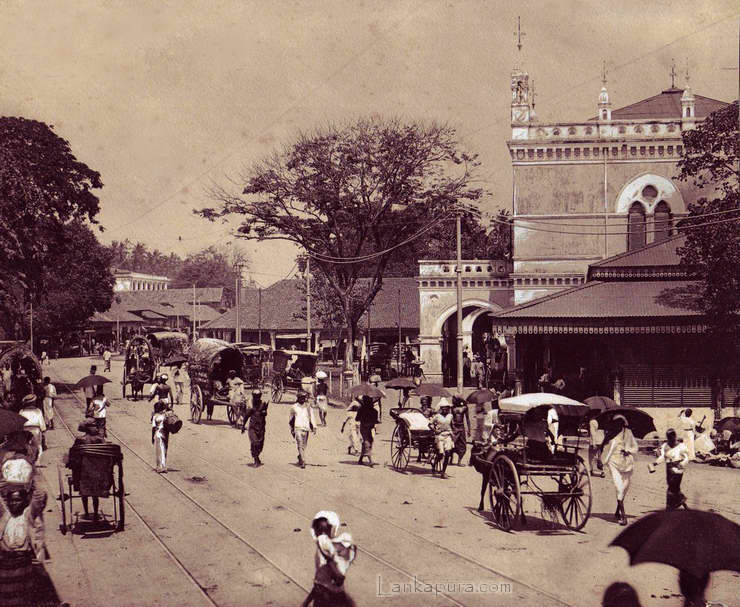 ceylon-busy-scene-1900-by-plate